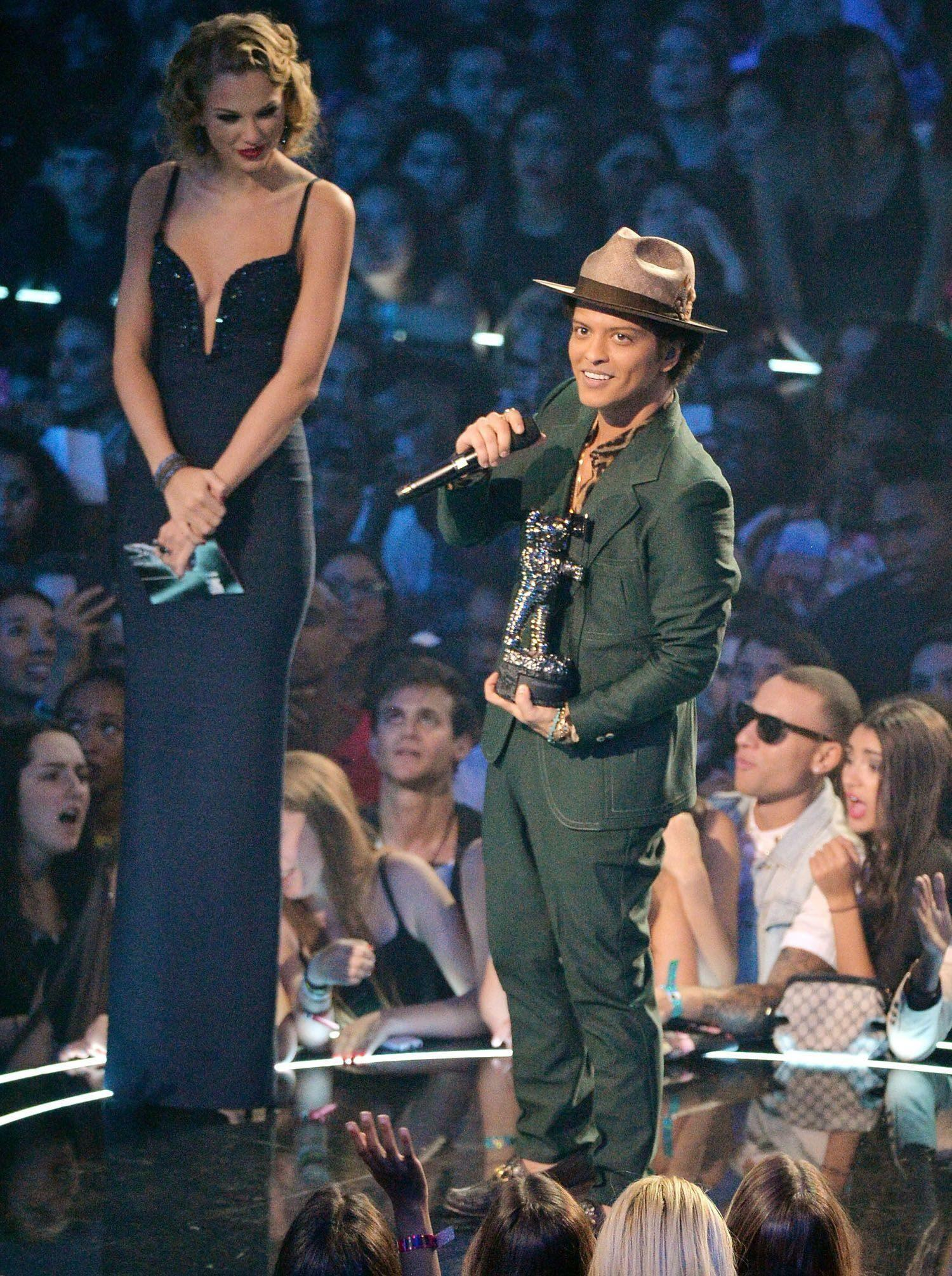 Bruno Mars with Taylor Swift