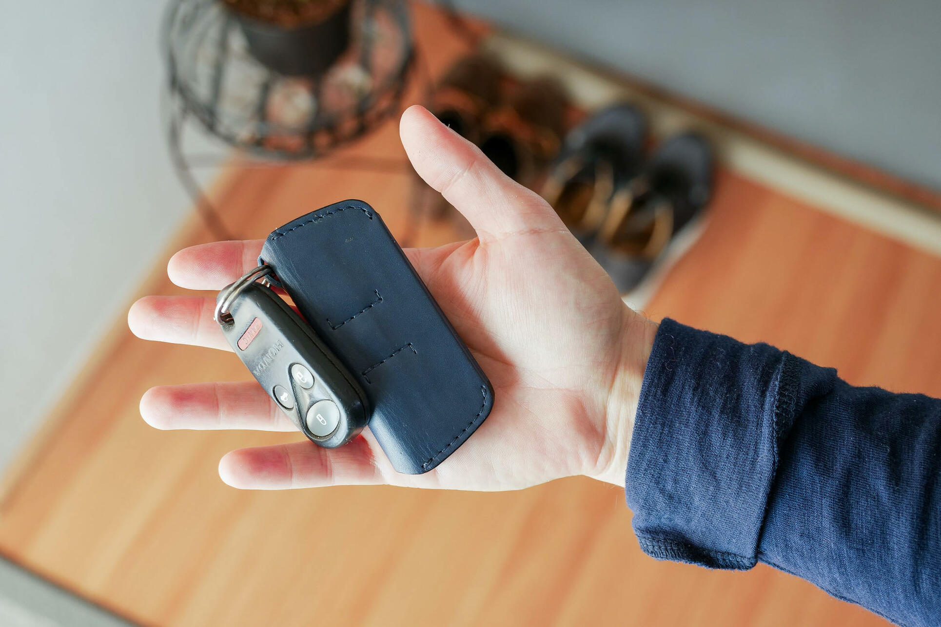 Bellroy Key Cover Plus closed