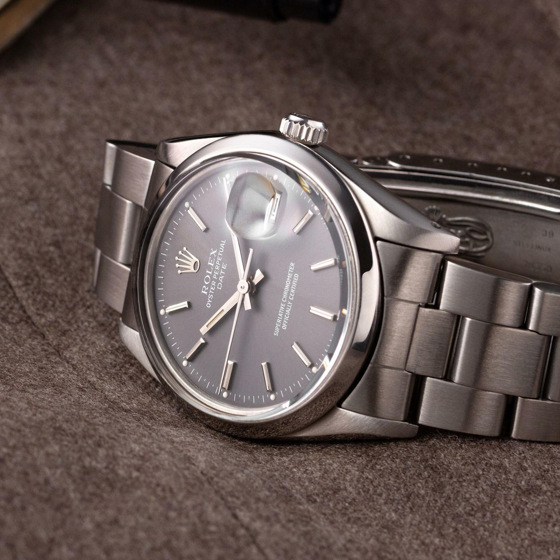 Rolex Oyster Perpetual Date 15000 grey dial - The Modest Man - crop