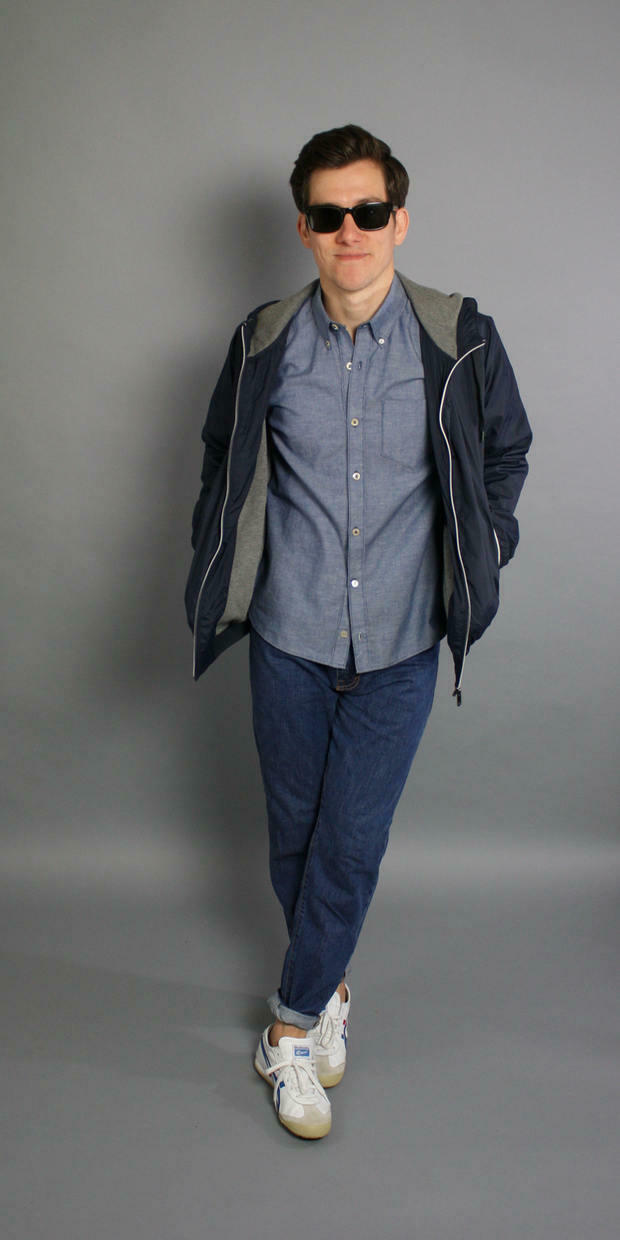 Chambray shirt jeans sneakers